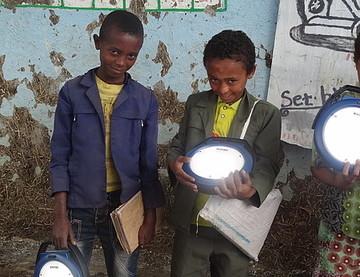 SELELO Elementary school lanter distribution December 2015 (5).JPG